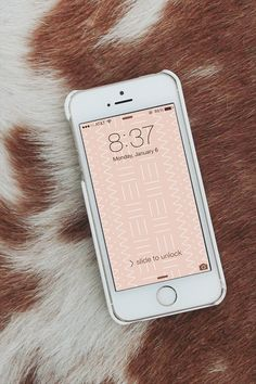 mudcloth pattern iphone wallpaper via @Molly Simon madfis / almost makes perfect