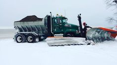 Heavy Construction Equipment, Heavy Equipment, Dump Truck, Tow Truck, Snow Removal Equipment, Logging Equipment, Mack Trucks, Snow Plow, Cool Trucks