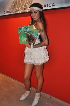Vicky Xipolitakis junto a Revista Iniciar en Claro Night Summer, Enero 2013, Mar del Plata  www.revistainiciar.com.ar/nota.php?edicion=8=74