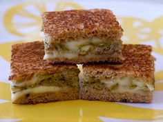 mm yum! Pesto Melt from Weelicious!