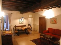 Fodor's Kathrynj (Bologna) - now Kathtravels - Condo vacation rental in Rome on Via Banchi Vecchi.