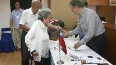 Chilenos en Venezuela acudieron con entusiasmo a primera cita electoral - El Universal (Venezuela)