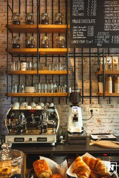 Beans & Blends Coffee house This is Antwerp - shelves, bar, brick Bar Deco, Deco Cafe, My Coffee Shop, Coffee Shop Design, Coffee Market, Coffee Girl, Café Bar, Deco Restaurant, Restaurant Design