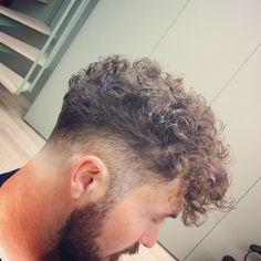 Haircuts For Curly Hair, Curly Hair Cuts, Hairstyles Haircuts, Haircuts For Men, Curly Hair Styles, Faded Hair, Long Curls, Grunge Hair, Hair And Beard Styles