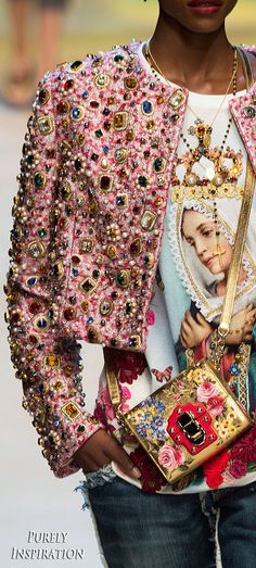 Dolce & Gabbana Spring/Summer 2017 Ready-to-Wear Haute Couture Style, Couture Mode, Couture Details, Fashion Details, Couture Fashion, Fashion Design, Fashion 2017, Runway Fashion, High Fashion