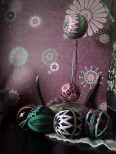 More temari balls