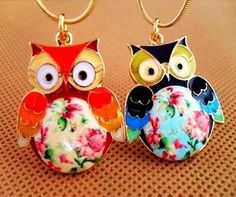 Cute Vintage Style Owl Necklace #Halloween #owl #jewelry www.loveitsomuch.com