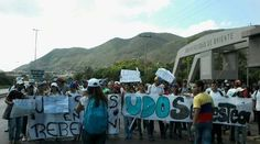 Los estudiantes se unieron a la Toma de Venezuela | Foto: @RevocaloYA