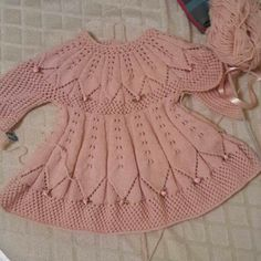 Knit Baby Dress, Tree Skirts, Baby Knitting, Diy And Crafts, Crochet, Beautiful, Dresses, Crochet Ideas, Baby Outfits
