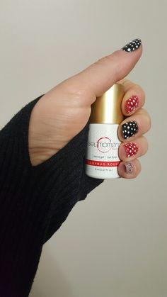 #red #ladybugrouge #gelmoment #manicure #manipedi #nails #momlife #nofilter #nail #naildesign #easynails #rednails #blacknails #nailspiration #inspiration