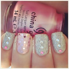 Gorgeous girly nails!