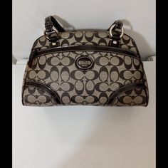 Coach Peyton Purse Coach Peyton PCV Logo C Black/Gray Pink Interior Shoulder PursePreloved Coach Bags Shoulder Bags