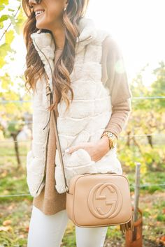 What To Wear To A Winery In The Fall | Alyson Haley #falloutfits #ootd #fallstyle