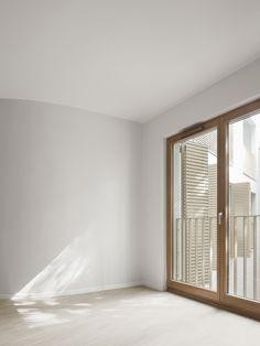 Logements rue St Maur / Avenier Cornejo -  Photo ©SchneppRenou Space Images, Empty Room, Retail Space, Facade, Bedroom Decor, Architecture, Projects, Mockup, Board