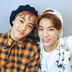 NCT dream - Mark & Jeno #nct #dream #kpop #selfie #selca