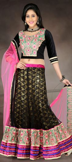 139220: #lehenga #floral #embroidery #sale #Onlineshopping #partywear #skirt