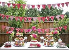 Candy bar in pink