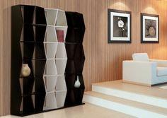 Birinni..http://www.idea-piu.com/store/1/librerie-design-729