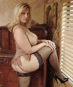 Couger ladys Nude