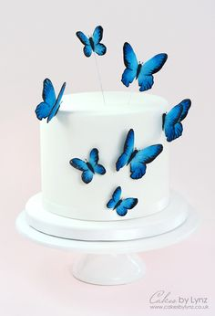 How to make Gumpaste Butterflies - Cake Decorating Tutorial – See how to make this pretty butterfly cake - Cakes by Lynz 14th Birthday Cakes, Butterfly Birthday Cakes, Birthday Cakes For Teens, Beautiful Birthday Cakes, Butterfly Cakes, Cool Birthday Cakes, Fondant Birthday Cakes, Teen Birthday, Fondant Cakes