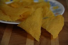 Кукурузные начос  Без глютена. Без молока.Без яиц Совсем недавно готовила глуакамоле. Если кто не знает, то это мексиканский соус-закуска, в основе которого авокадо. Традиционно…