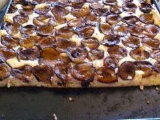 Plăcintă cu prune şi brânză de vaci Pepperoni, Pizza, Food, Outfits, Sweets, Pie, Outfit, Suits, Meals