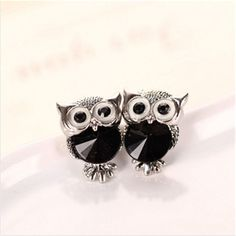 Free Shipping - Earring Type:Stud Earrings - Item Type:Earrings - Back Finding:Push-back - Material:Crystal - Metals Type:Silver Plated