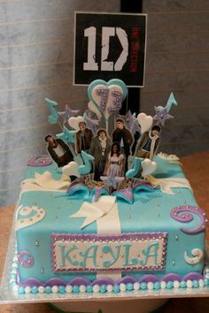One Direction Birthday Cake by Tracey's Delights - W.A. - www.cakeappreciationsociety.com