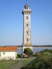 1000 images about le phare on pinterest saint george frances o 39 connor and lighthouses - Office du tourisme st georges de didonne ...