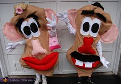 Halloween Costumes For Siblings That Are Cute, Creepy And Supremely Clever Halloween Costumes You Can Make, Sibling Halloween Costumes, Sibling Costume, Halloween Costume Contest, Disney Costumes, Halloween Kostüm, Holidays Halloween, Costume Ideas, Mr Potato Head Costume