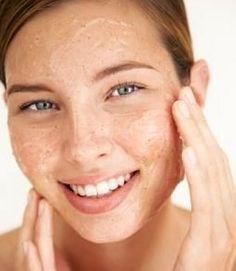 Aspirin for facial skin without blemishes, scars and acne Peeling Homemade Scrub, Homemade Facials, Homemade Beauty, Diy Scrub, Girl Makeover, Makeover Tips, Beauty Care, Beauty Skin, Hair Beauty