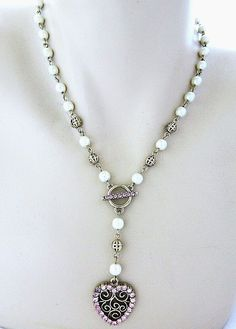 Vtg 80s 1928 Lariat Heart Pendant Necklace Pink Rhinestone Faux Pearl Signed #1928 #Lariat