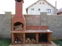 Grilluri, gratare si cuptoare de gradina. Mester Arad | Seminee Arad Cabin, Outdoor Kitchens, Grills, House Styles, Home Decor, Bar Grill, Small Farm Houses, How To Build, Decoration Home