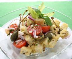 Brotsalat mit Oliven und Kapern - Rezept - Saisonküche