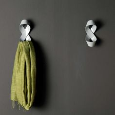 apeiro coat hook