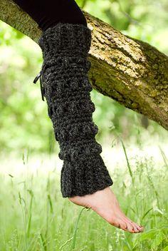 Ravelry: Loopy Leg Warmers Crochet Pattern pattern by Jackie Moon Crochet Boot Cuffs, Crochet Leg Warmers, Crochet Boots, Crochet Gloves, Crochet Slippers, Learn To Crochet, Diy Crochet, Crochet Crafts, Ribbed Crochet