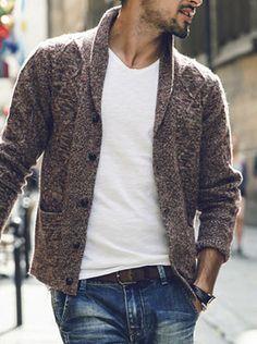 cardigan, cardigã, homem, masculino, moda, estilo, ideia, inspiração, look Knitwear Fashion, Knit Fashion, Men's Knitwear, Smart Casual Menswear, Men Casual, Casual Styles, Sweater Outfits, Men Sweater, Mens Fashion Magazine