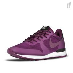 Nike Wmns Internationalist ( 749556 500 ) - OVERKILL Products & Store