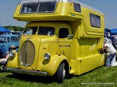Ford Karavan