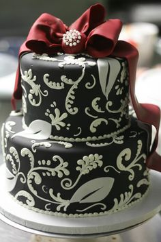 1000+ images about Designer cakes, cupcakes, and more on ...
