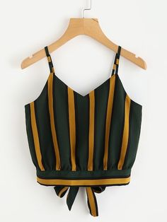Shop Striped Split Tie Back Crop Cami Top online. SHEIN offers Striped Split Tie Back Crop Cami Top & more to fit your fashionable needs. Bow Crop Tops, Striped Cami Tops, Cami Crop Top, Striped Tank, Jeans Und Sneakers, Mode Grunge, Plus Size Tank Tops, Cropped Cami, Summer Tank Tops