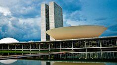 Para Luiz Moreira, PEC que muda indicação de ministro do STF contraria democracia  http://controversia.com.br/4461