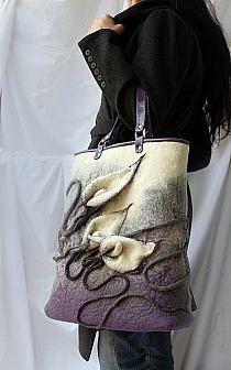 Purple and cream lilies felt handbag Nuno Felting, Needle Felting, Felt Purse, Textile Fiber Art, Handmade Purses, Felt Art, Felt Flowers, Beautiful Bags, Shibori
