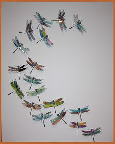 Elle and Lou: Dragonflies Galore - Art for 10 year olds and up Crafts For Girls, Arts And Crafts, Kids Crafts, Fun Craft, Nifty Crafts, Craft Ideas, Dragonfly Wall Art, Group Art Projects, Insect Art