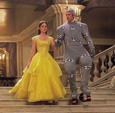 """Beauty and the Beast"" - Dan Stevens & Emma Watson - Behind the scenes / Motion Capture 🎬 🌹👧🦁 Disney Pixar, Disney Amor, Disney Memes, Disney And Dreamworks, Disney Love, Disney Magic, Disney Villains, Fera Disney, Walt Disney"