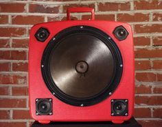 Case of Bass – Portable Retro Suitcase Party Machines | Gadget Wiki