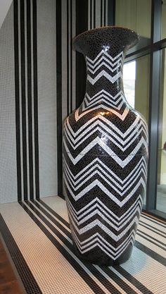 chevron printed vase jar black and white hotel missoni edinburgh