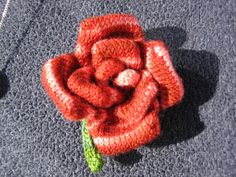 I knitted this rose as a surprise valentines gift for my wonderful wife, although i. Knitted Flowers, Flower Patterns, Valentine Gifts, Free Pattern, Knit Crochet, Knitting Patterns, Beads, Embellishments, Stitches