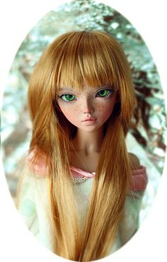 Mei in honey blonde | Flickr - Photo Sharing! Female bjd inspiration, green eyes and freckles!