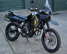 KLR with a Ninja 650 engine in it.